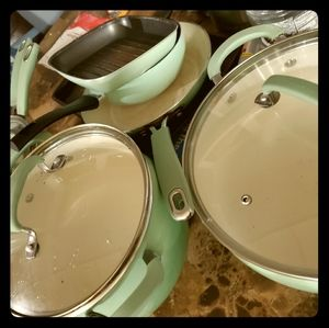Pioneer Woman pots and pans set!